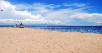 Could this be the end of USD arrival fees for Aussies in Bali?