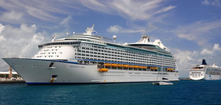 The Largest Cruise Ship to Visit Australia