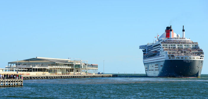 Melbourne Cruise Ships Evacuated After Explosion Scare