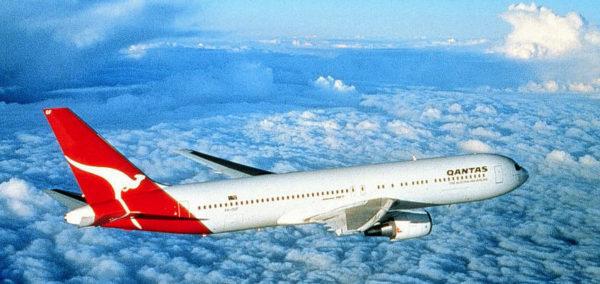 Qantas-Boeing-767-300