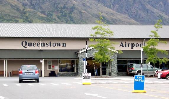 queenstown_airport