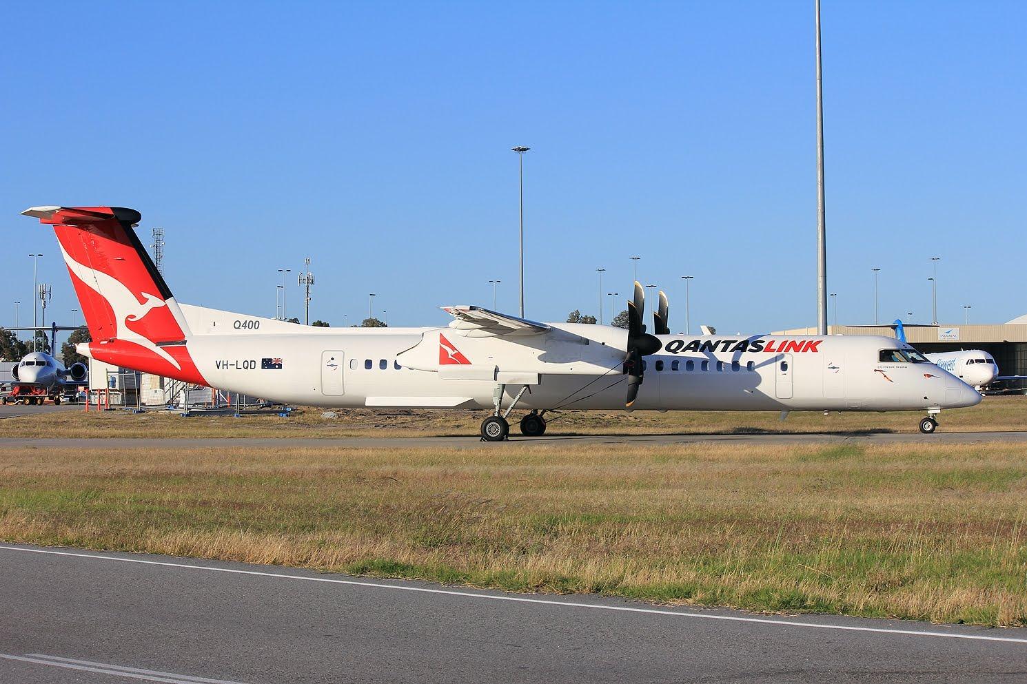 Sydney to gladstone flights