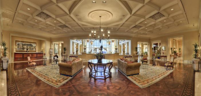 Table Bay Hotel loby