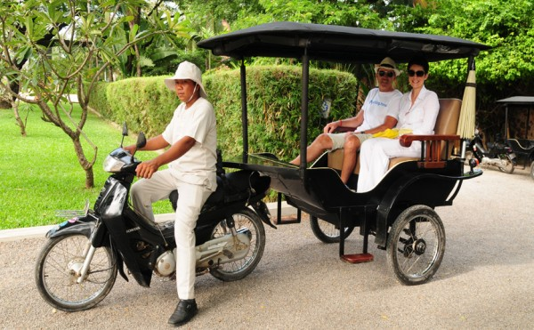 A private rickshaw provided at the Amansara Resort