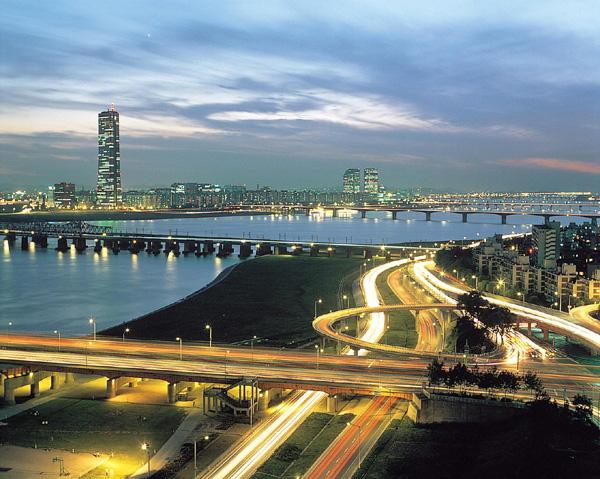 Han River at night, Seoul