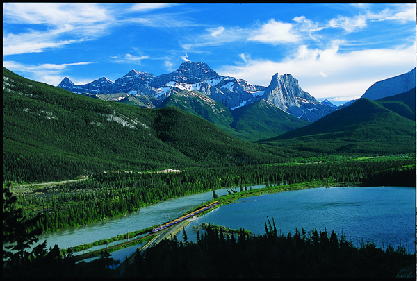 Gap Lake Alberta, First Passage to the West route