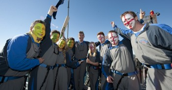 Brett Lee Leads Charge On The Sydney Harbour Bridge, Sets Tone For The Ashes