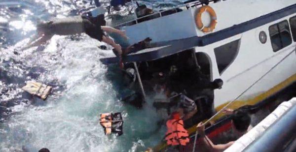 Sinking Thailand boat