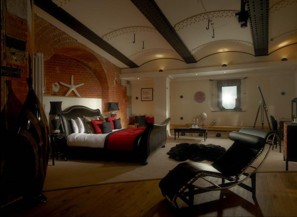 Spitbank Fort — Bedroom