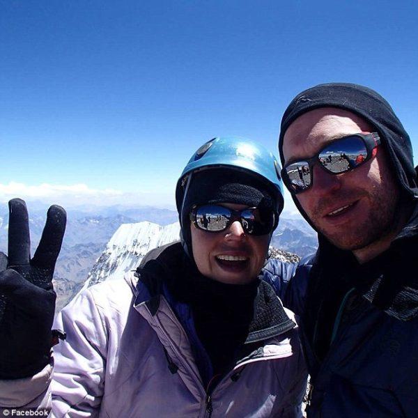 australian-woman-dies-everest-expedition-descent