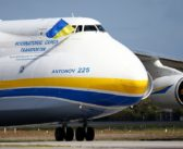 Enthusiastic planespotters gather as world's biggest plane landed in Australia