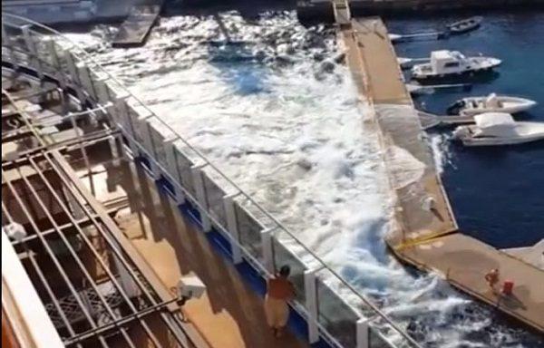 carnival-vista-destroys-italian-marina