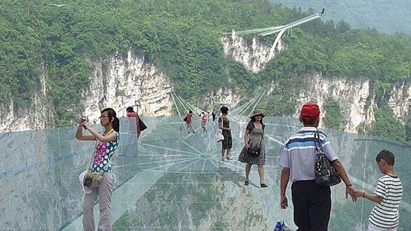 china-glass-bridge-reopen-soon
