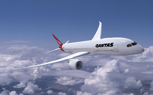 qantas unveils the economy and business cabins for 787 dreamliner