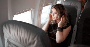 woman flyer service Vistara