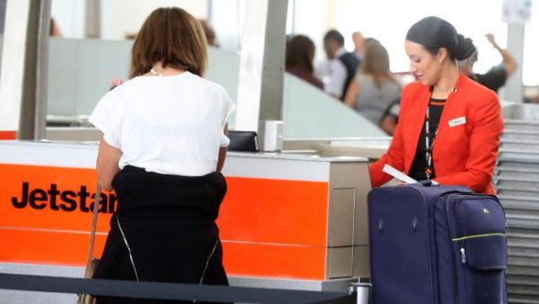 jetstar luggage fees